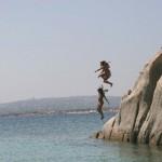 saut dans la mer