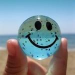 sourire transparent sur la place